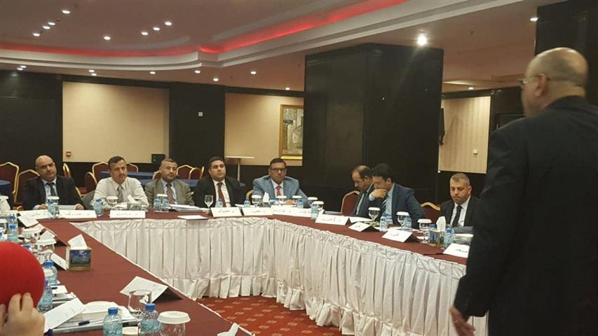 حضور السيد عميد كلية القانون لوشة عمل بعنوان (دراسات السلام والصراع )